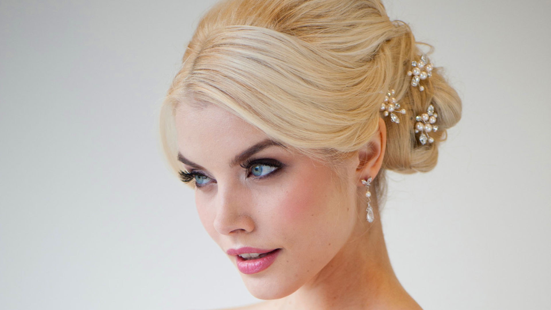 weekly wedding tip: techniques & tips for stylish wedding day hair