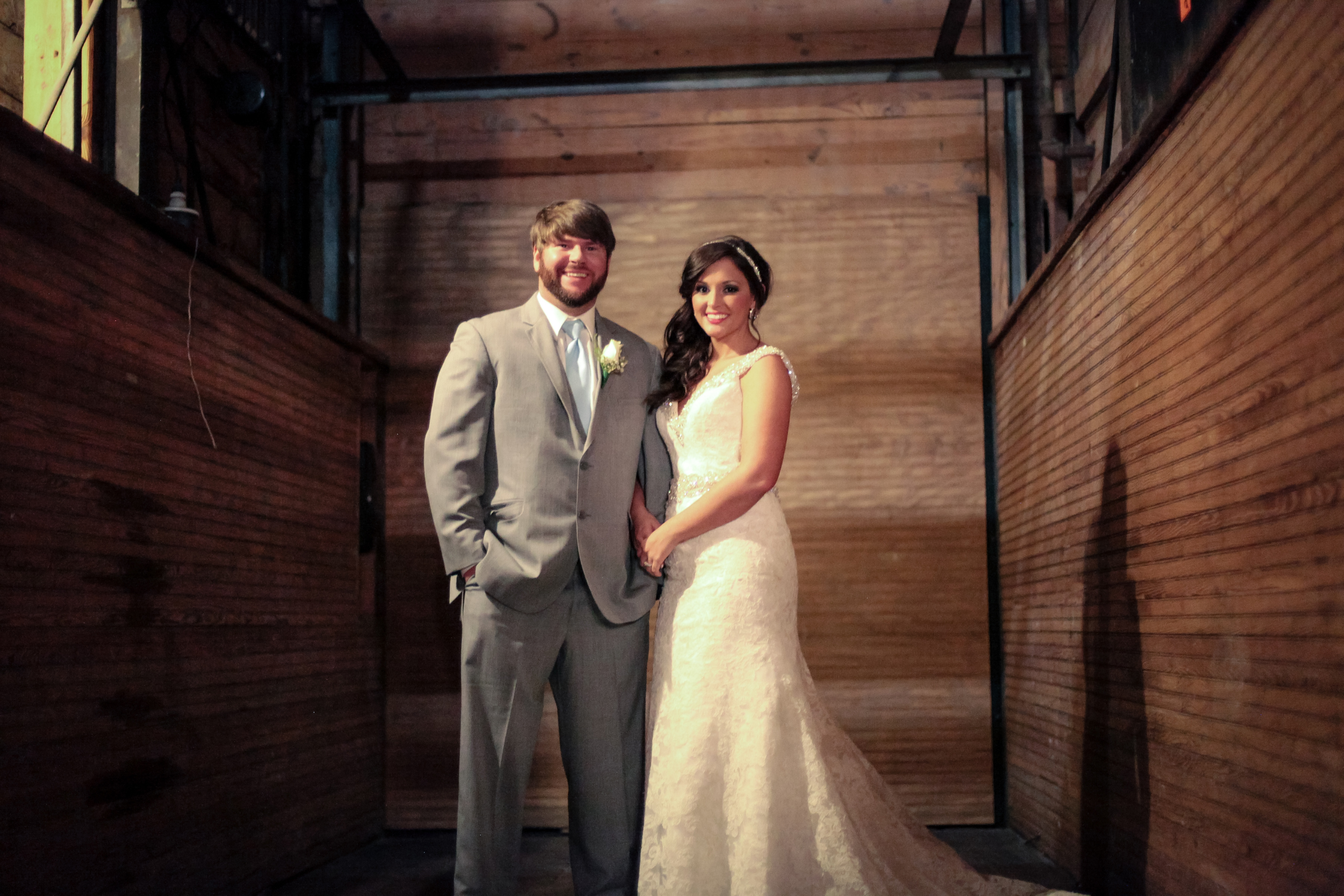 Fridays featured wedding tara blaine chad wiles i do yall tara blaine chad wiles wed in a beautiful spring wedding ceremony on march 7 2015 in jackson mississippi at the ice house venue ombrellifo Gallery