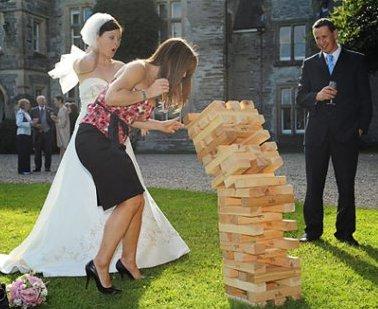 wedding-reception-games-giant-jenga