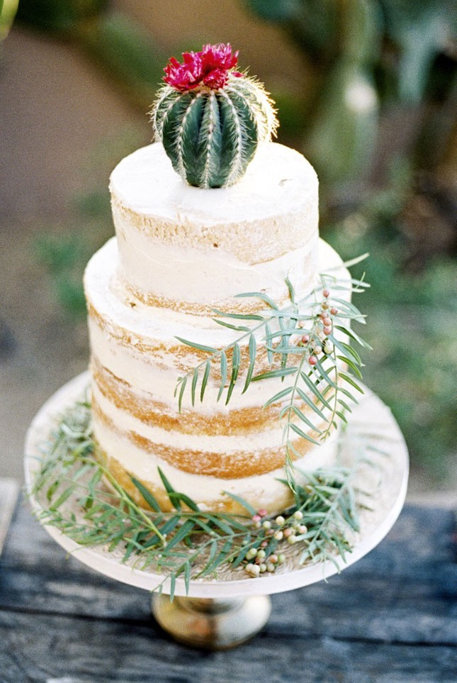 http://www.weddingchicks.com/blog/i-dream-of-arizona-wedding-inspiration-l-13582-l-41.html