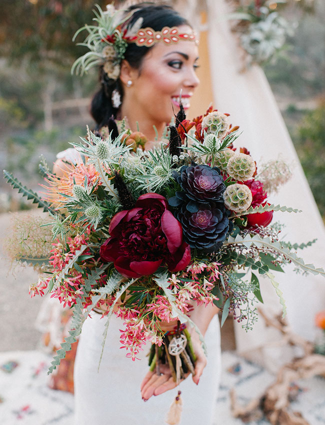 http://greenweddingshoes.com/desert-wedding-inspiration-at-old-cactus-garden-in-balboa-park/