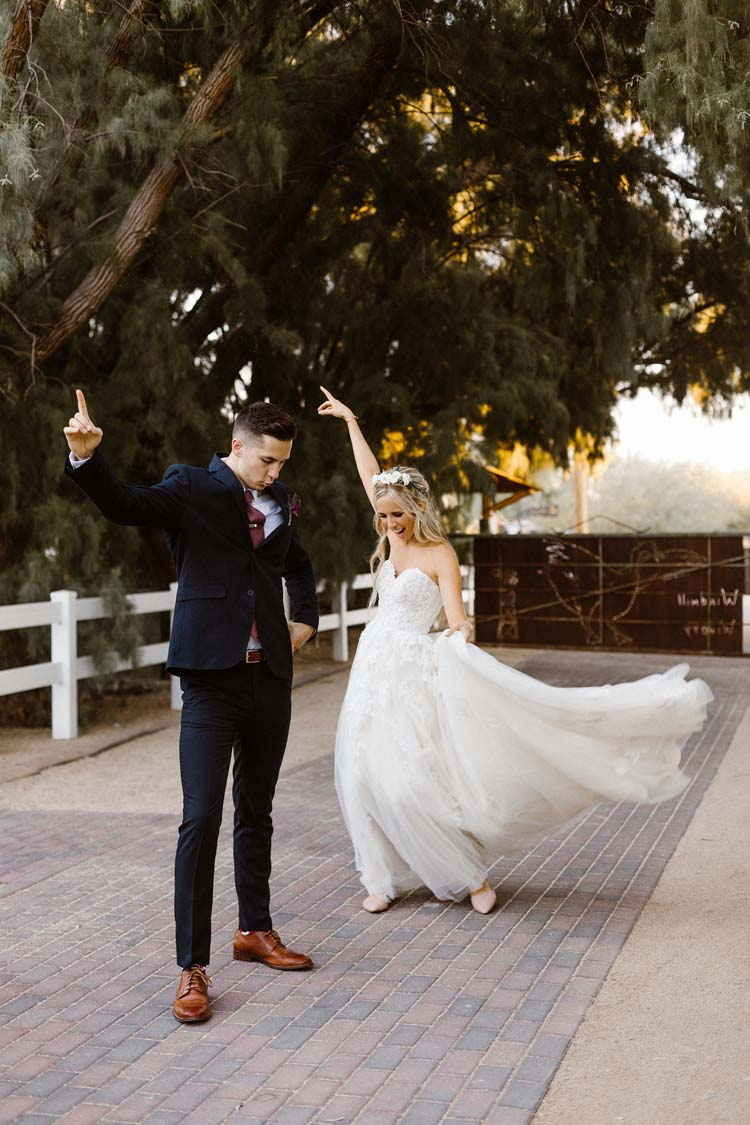 Bride & Groom Dancing | photo by Hannah Rose Gray Photography | featured on I Do Y'all
