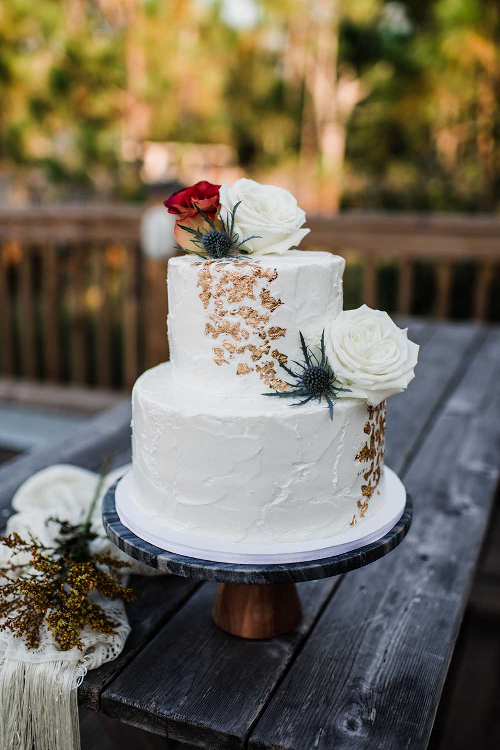 Simple Wedding Cake with Gold Foil | photo by MBM Photography | featured on I Do Y'all