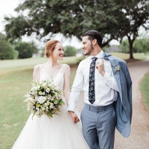 Timeless-Wedding-Inspo-with-Classic-Blue-Details-1