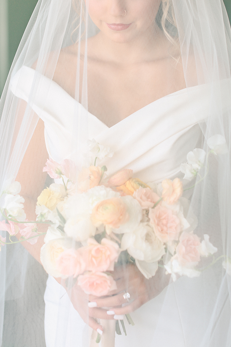 Peachy Modern Take on Classic Bridal Look | photo by Pendo Photography | featured on I Do Y'all