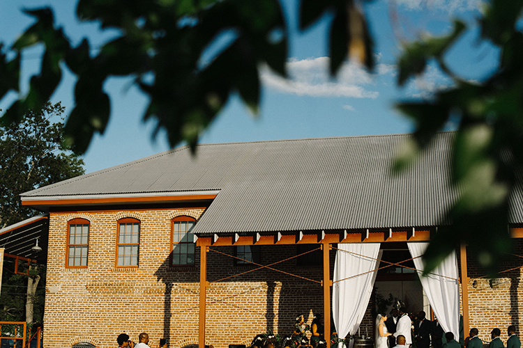 Wedding at Industrial Wedding Venue | photo by Staci Lewis Photography | featured on I Do Y'all