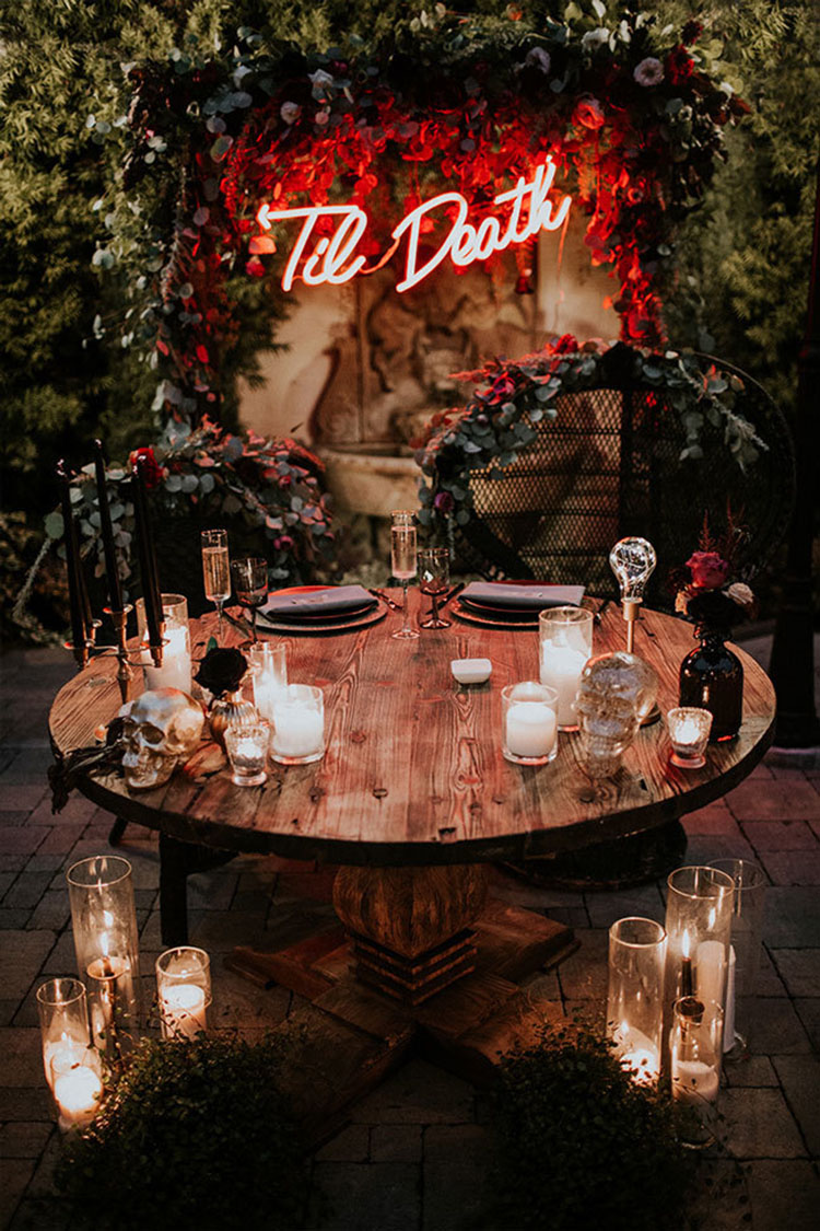 Wedding Sweetheart Table with Til Death Neon Sign | photo by Jami Laree via Here Comes the Guide