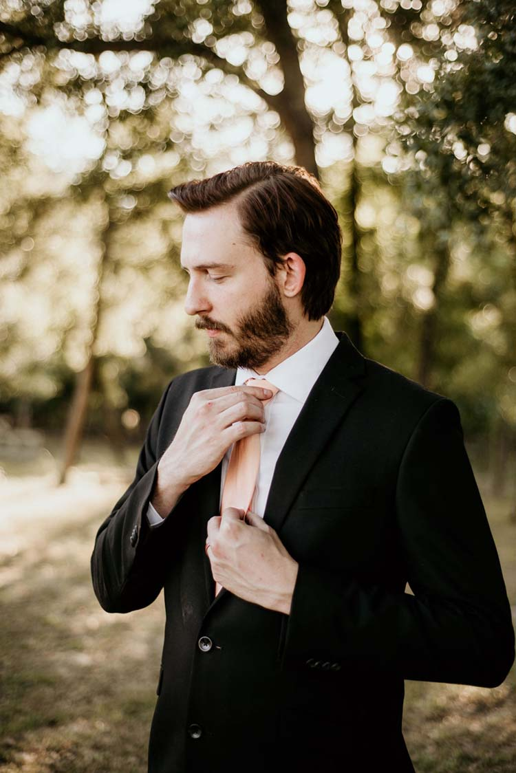 Classic Groom Look with Peach Tie | photo by Shelbi Ann Imagery | featured on I Do Y'all
