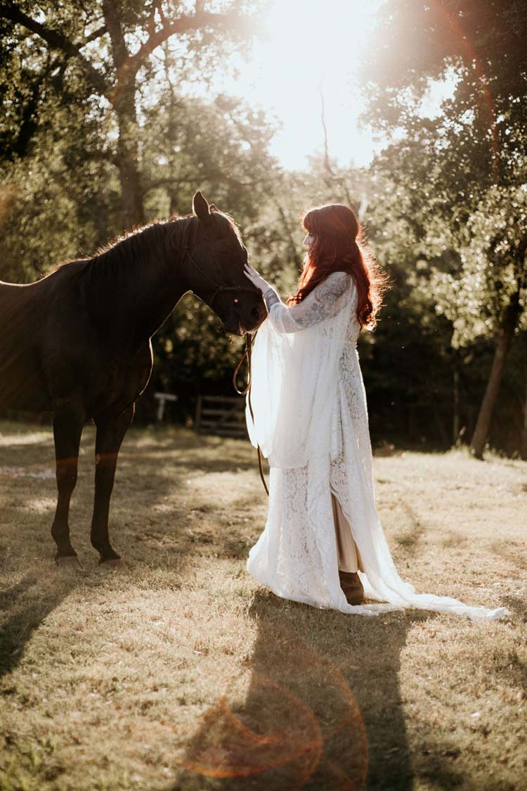 Bridal Portraits with Horse | photo by Shelbi Ann Imagery | featured on I Do Y'all