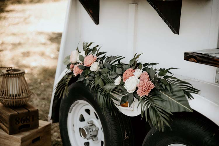 Rose & Palm Leaf Wedding Floral Arrangement | photo by Shelbi Ann Imagery | featured on I Do Y'all