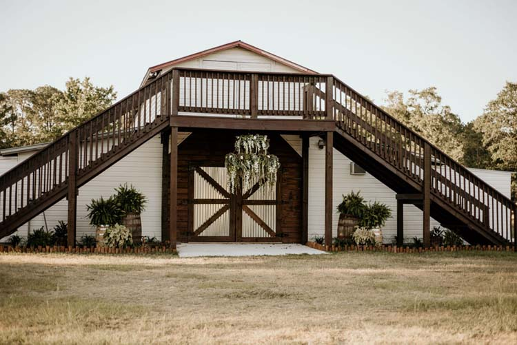 Ranch Wedding Venue | photo by Shelbi Ann Imagery | featured on I Do Y'all