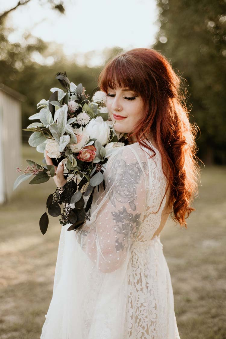 Boho Bridal Style & Bouquet | photo by Shelbi Ann Imagery | featured on I Do Y'all