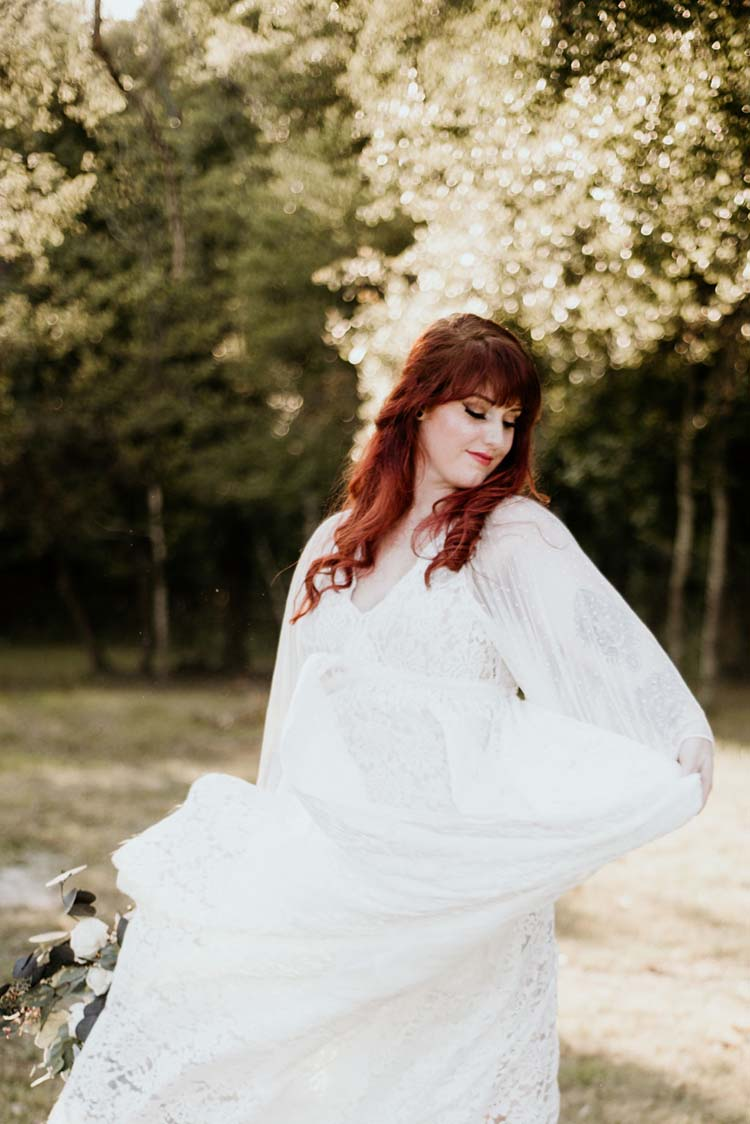70s Inspired Boho Wedding Style | photo by Shelbi Ann Imagery | featured on I Do Y'all