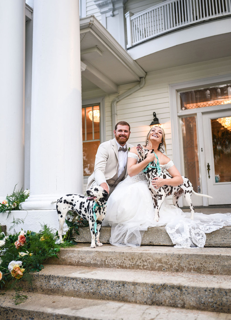 Wedding Photos with Dalmatians | photo by Radiant Photography by Sydney Danielle
