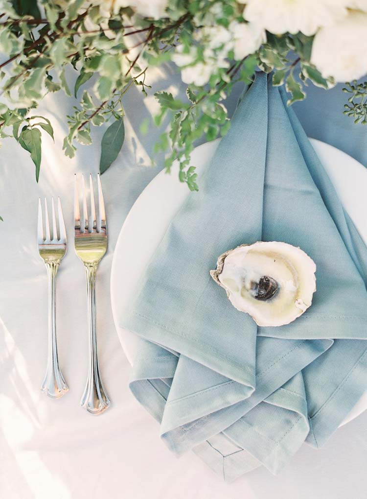 Oyster Wedding Decor for Coastal Weddings | photo by Hannah Haston Photography