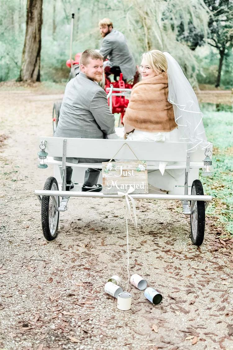 Southern Winter Wedding at Swift-Coles Historic Home in Alabama | featured on I Do Y'all
