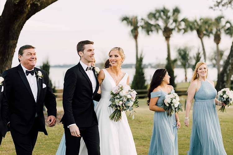 Traditional Meets Modern Florida Wedding | photo by Madison Hope Photography | featured on I Do Y'all