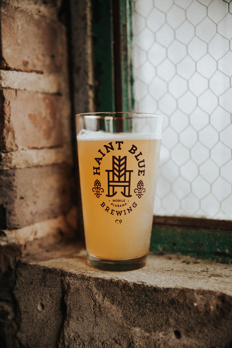 Haint Blue Brewing Co. Beer Glass in Mobile, AL | photo by Deltalow