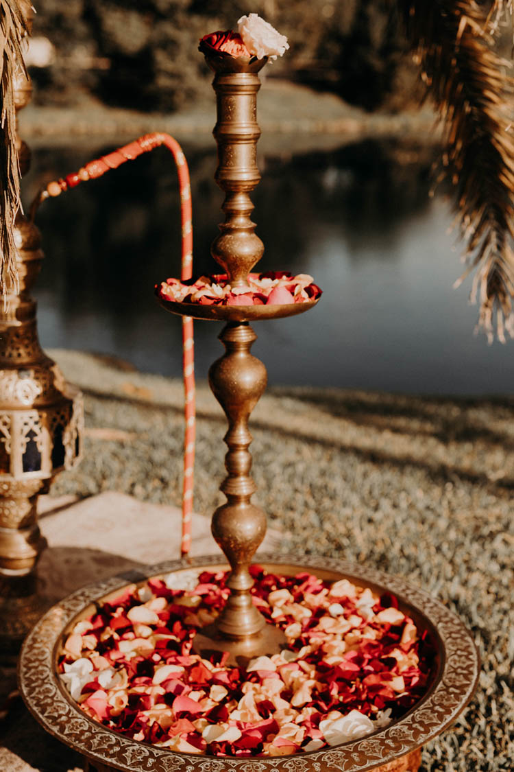 Hookah at Weddings | photo by Boote Photography Studio